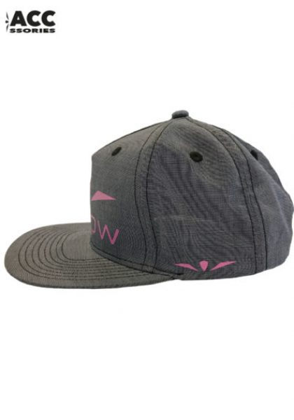 UGLOW-CAP-WOMEN2-400x571