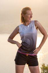 Camiseta running mujer Uglow super speed aero 85 gramos C2 4/21) Light grey